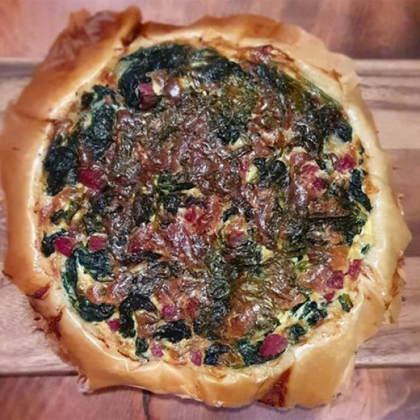 Quiche made with salame cacciatore dop, spinach and shiso<br> 私の キッシュ なかにはサラミカッチアトーレ しそ ほうれん草が 入っています