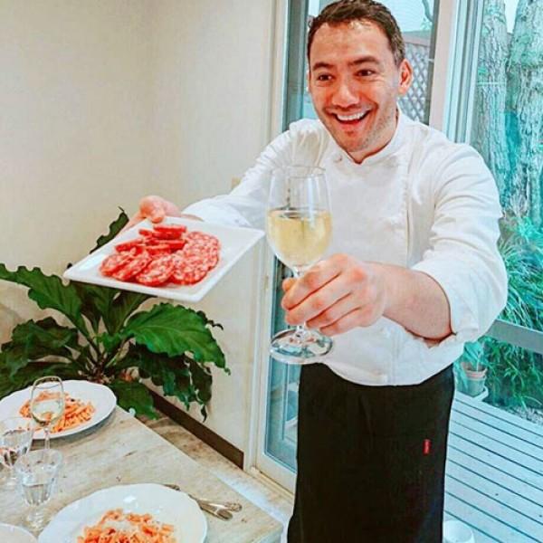 Salame Cacciatore DOP with a good glass of Italian wine! <br> 〜ん!イタリアのサラーメカッチャトーレDOPはいかがですか
